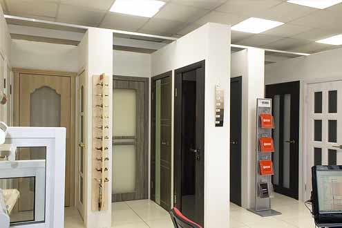 Двери межкомнатные в СПб на выставке