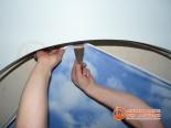 Крепление первого полотна конструкции за профиль - фото 2