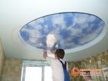 Окантовка первого уровня потолка декоративной лентой - фото 2