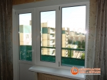 Установка окна и балконной двери закончена