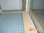 Этап обшивки стенки балкона