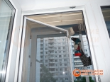 Установка фурнитуры на балконную дверь