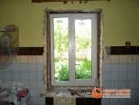 Процесс установки ПВХ окна в загороднем доме