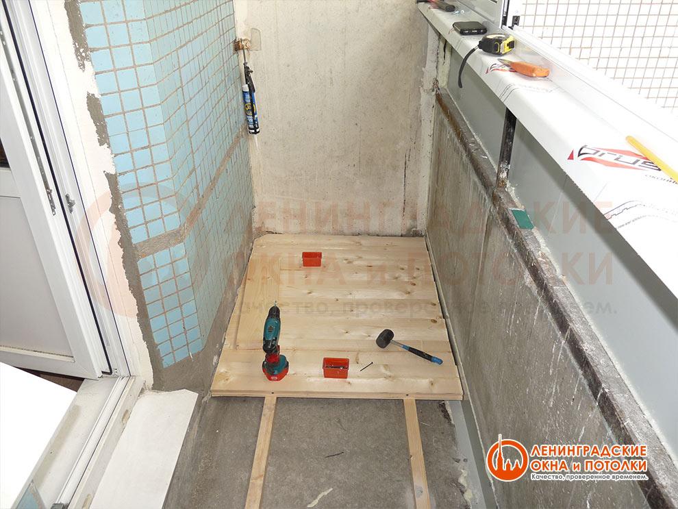 Как можно сделать полы на балконе 371