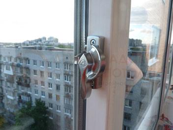 Остекление раздвижными окнами Slidors