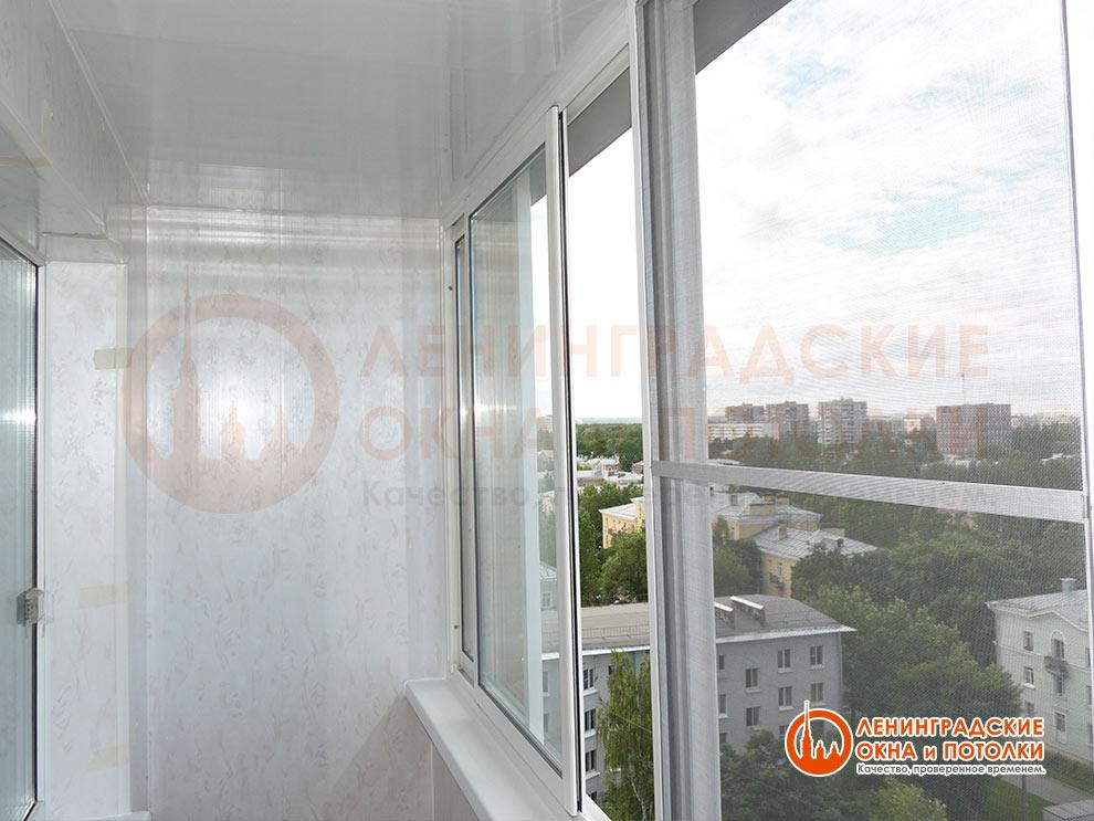 Тёплое раздвижное остекление балконов системой slidors (слай.