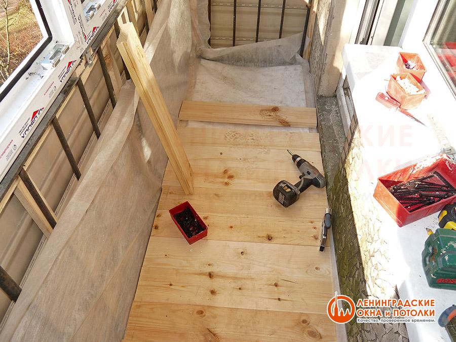 Внутренняя отделка балкона и лоджии вагонкой и пвх панелями..