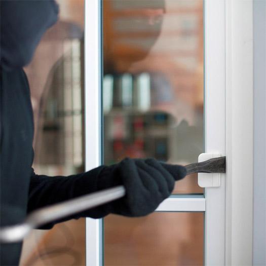 безопасность окна для загородного дома