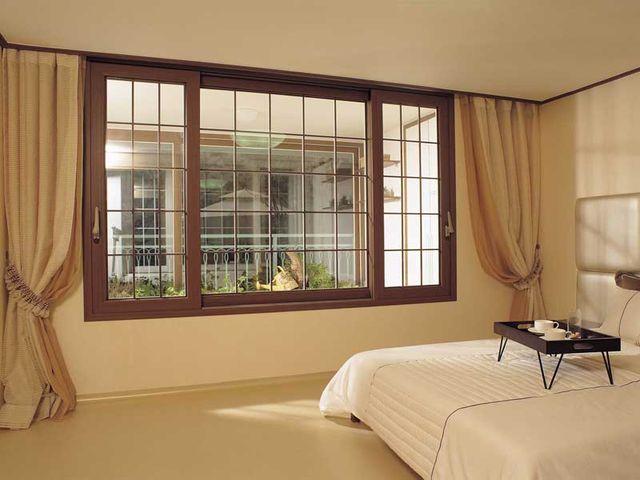 Стильные окна Рехау