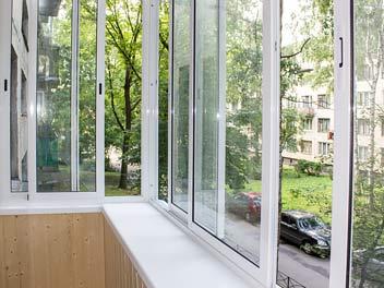 Остекление балконов с выносом - вид изнутри