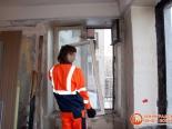 Процесс  демонтажа старого окна