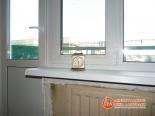 Будильник на установленном подоконнике - фото 2