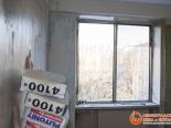 Старое деревянное окно на кухне