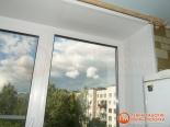 Установленное ПВХ окно после ремонта кухни