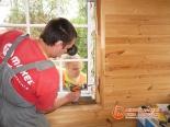 Просверливание отверстий для крепления окна в проеме