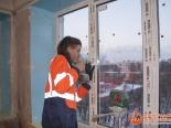 Установка фурнитуры на трехстворчатое окно